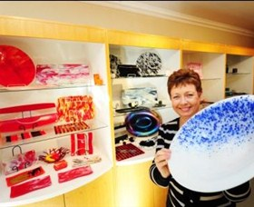 Exclusive Hot Glass Gallery - Accommodation Airlie Beach