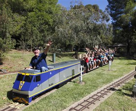 Willans Hill Miniature Railway - Accommodation Airlie Beach