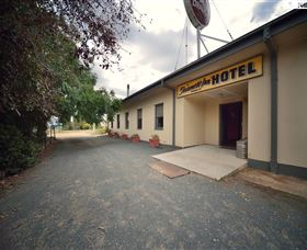 The Farmers Inn at Burrumbuttock - Accommodation Airlie Beach