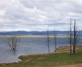 Lake Eucumbene - Accommodation Airlie Beach
