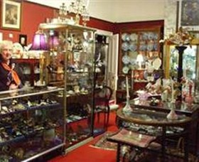 Nerilee Antiques - Accommodation Airlie Beach