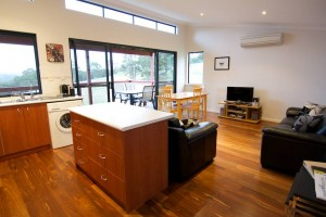 Karrak Reach Forest Retreat - Accommodation Airlie Beach