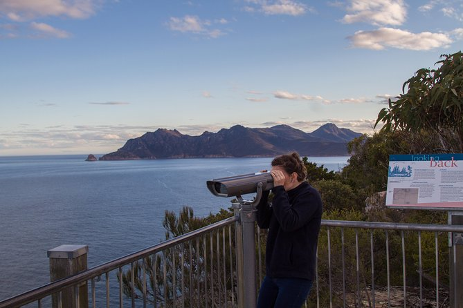 4x4 and Lunch Half Day Freycinet National Park - Accommodation Airlie Beach