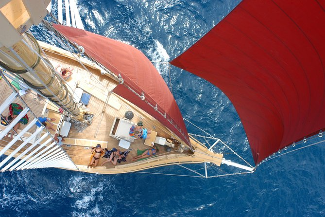 2-Day Whitsundays Sailing Adventure Alexander Stewart - Accommodation Airlie Beach