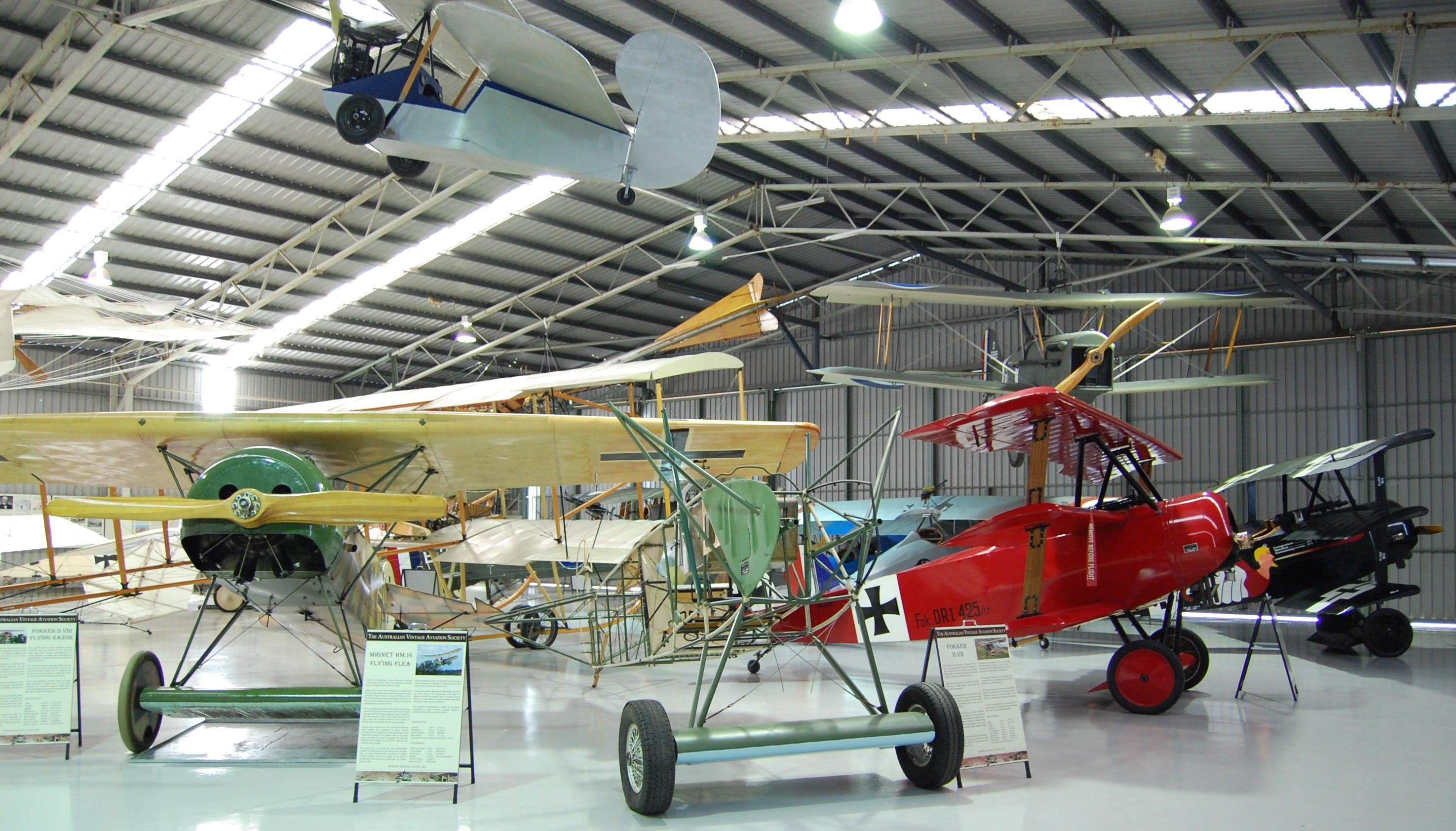 The Australian Vintage Aviation Society Museum - Accommodation Airlie Beach