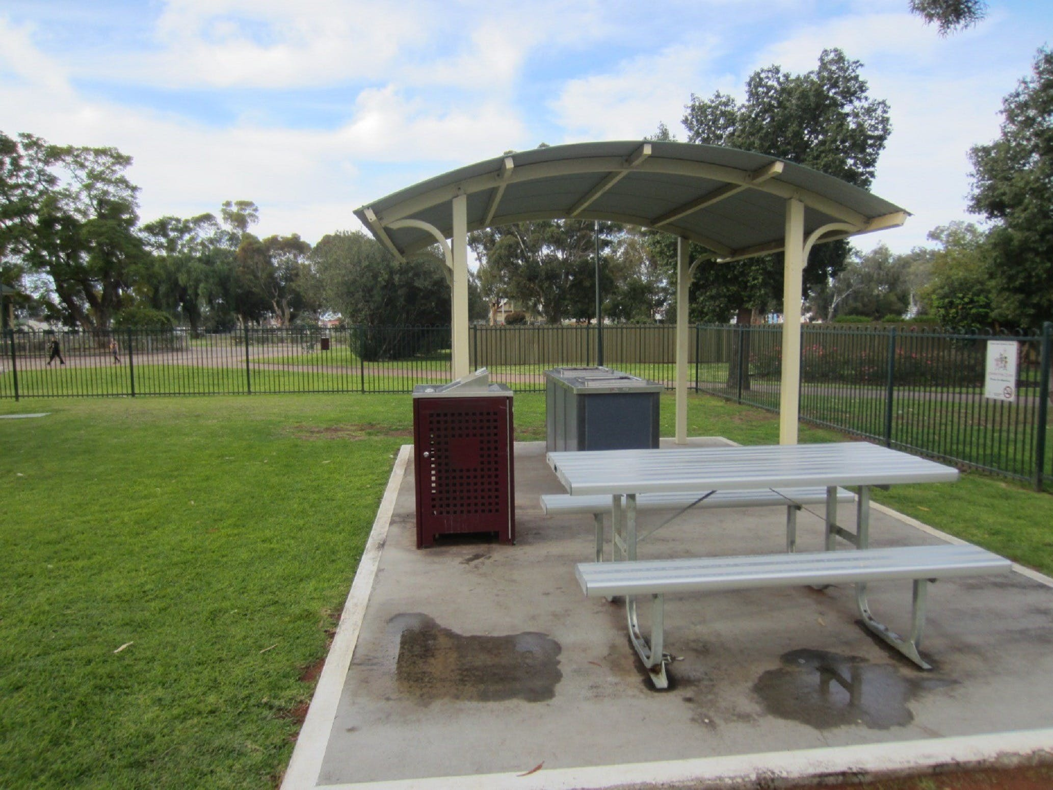 Sturt Park Reserve and Titanic Memorial - Accommodation Airlie Beach