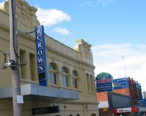 Crown Hotel Lilydale - Accommodation Airlie Beach