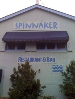 Spinnaker Restaurant and Bar - Accommodation Airlie Beach