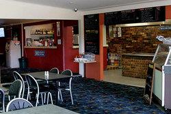 Greenwell Point Hotel - Accommodation Airlie Beach