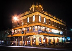 Willoughby Hotel - Accommodation Airlie Beach