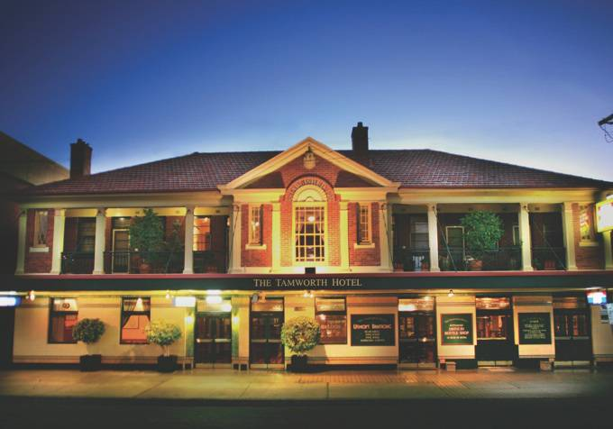 Tamworth Hotel - Accommodation Airlie Beach
