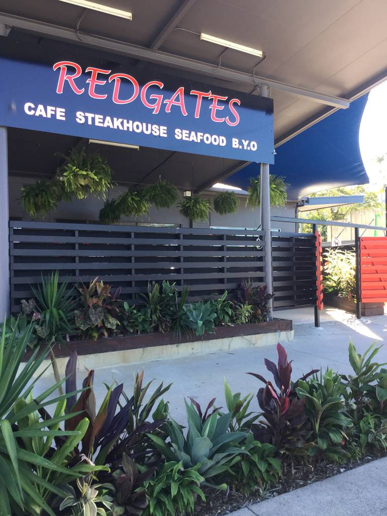 Redgates Caf Steakhouse Seafood - Accommodation Airlie Beach