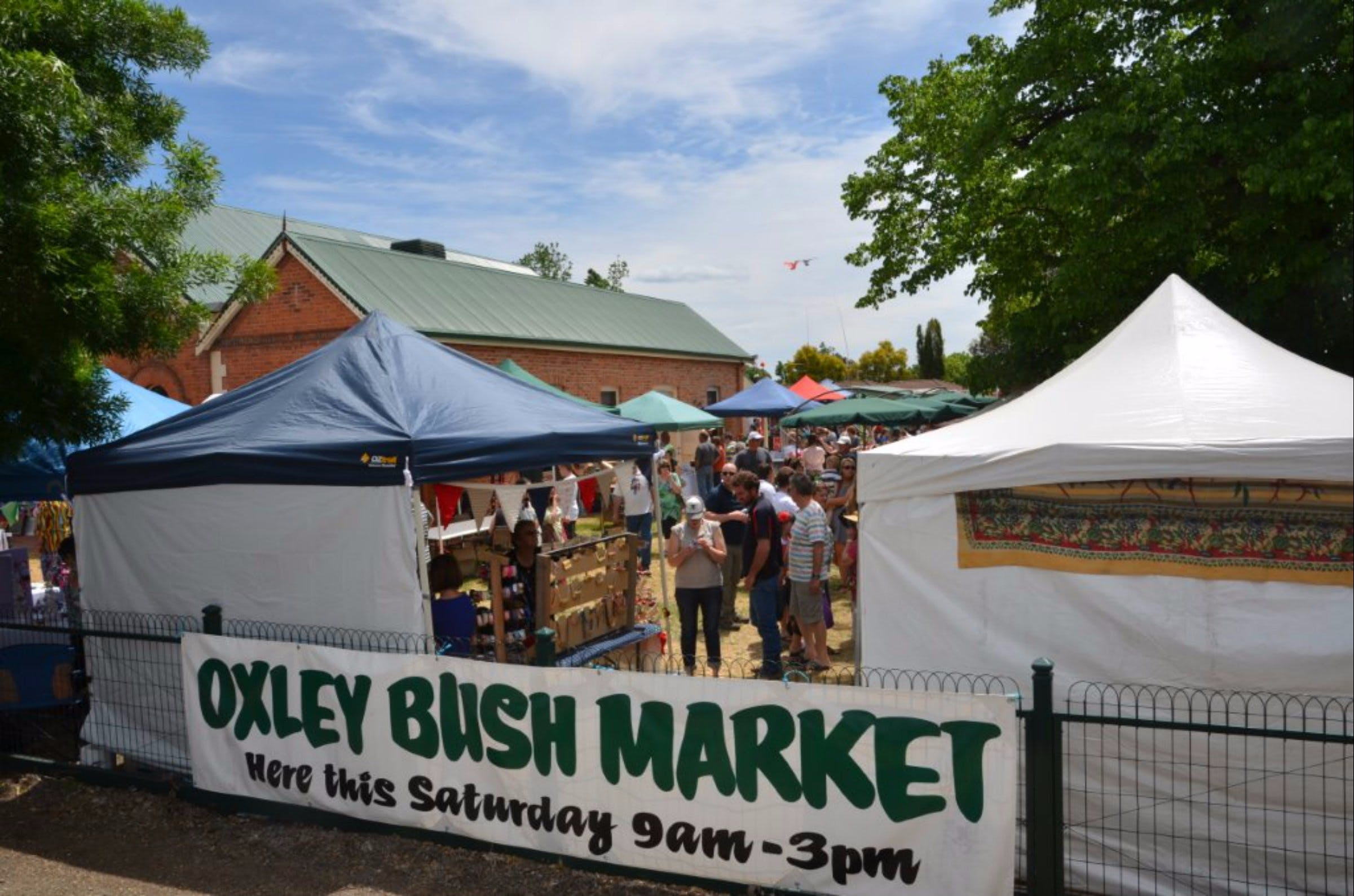 41st Annual Oxley Bush Market - Accommodation Airlie Beach