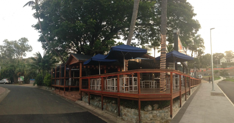 Down Under Bar  Grill - Accommodation Airlie Beach