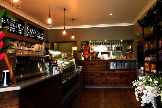 Le Sorelle Coffee House - Accommodation Airlie Beach