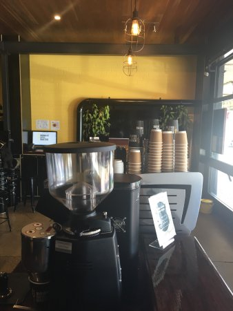 Minimalist Coffee Roasters - Accommodation Airlie Beach