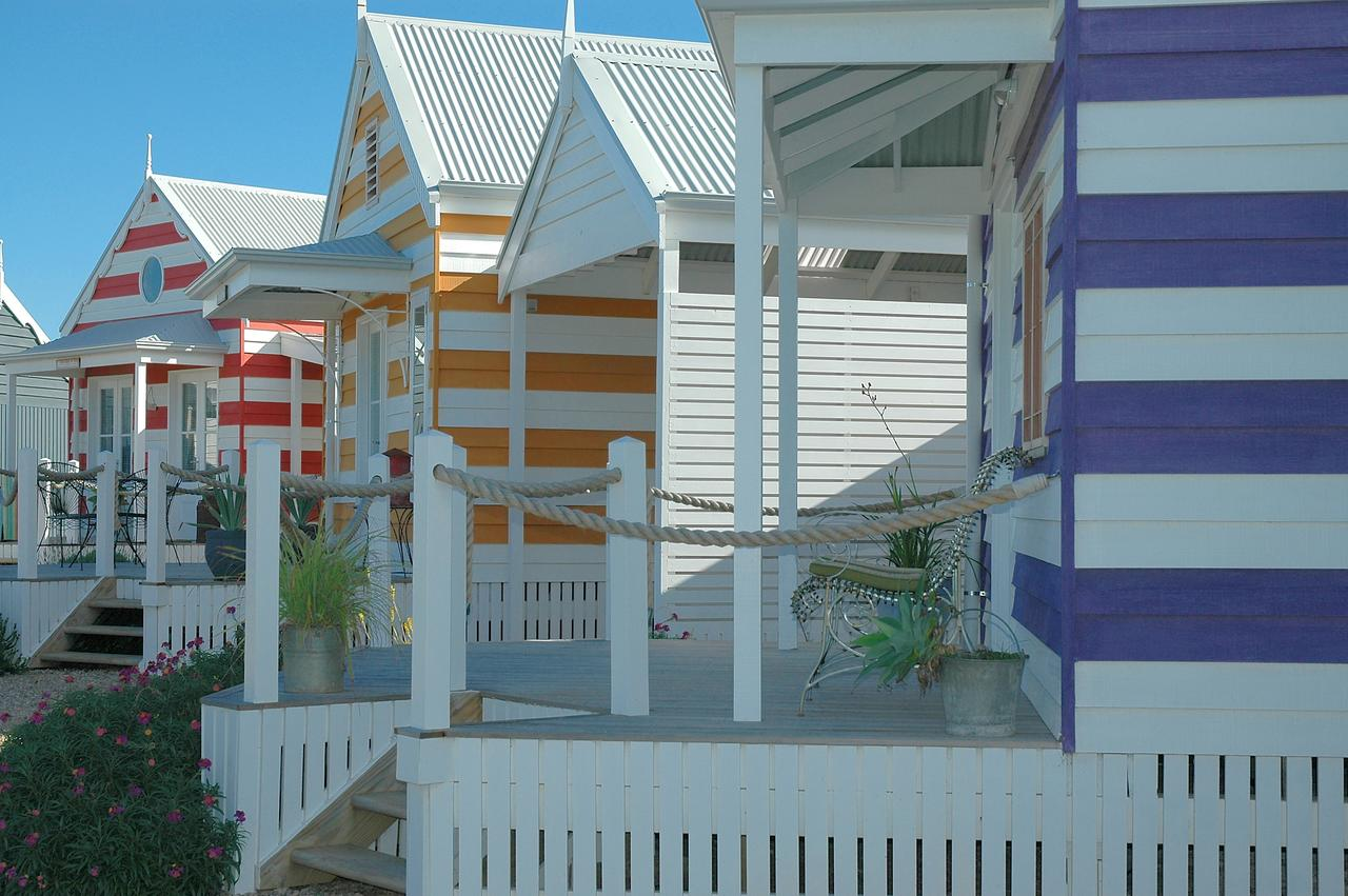 Beach Huts Middleton - Accommodation Airlie Beach
