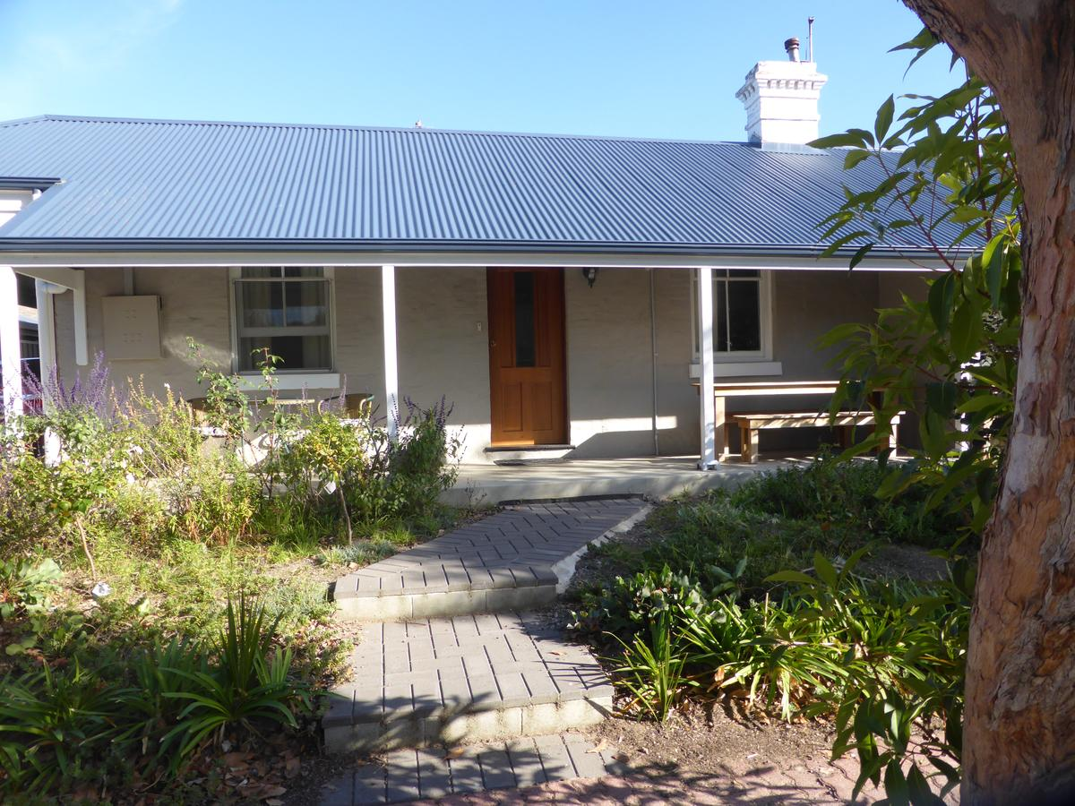 Penzance Cottage - Accommodation Airlie Beach
