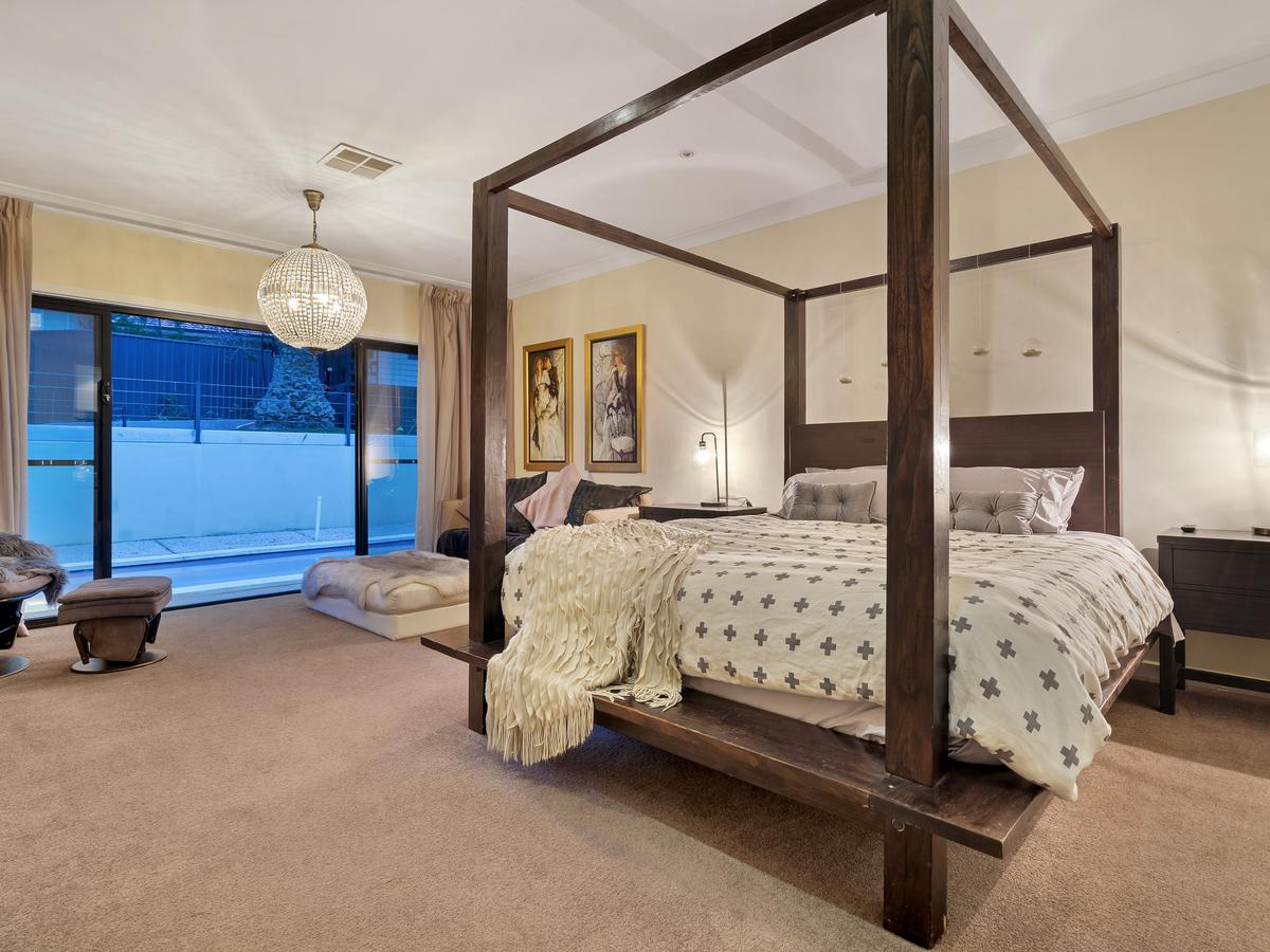 City-Barossa Gateway - Accommodation Airlie Beach