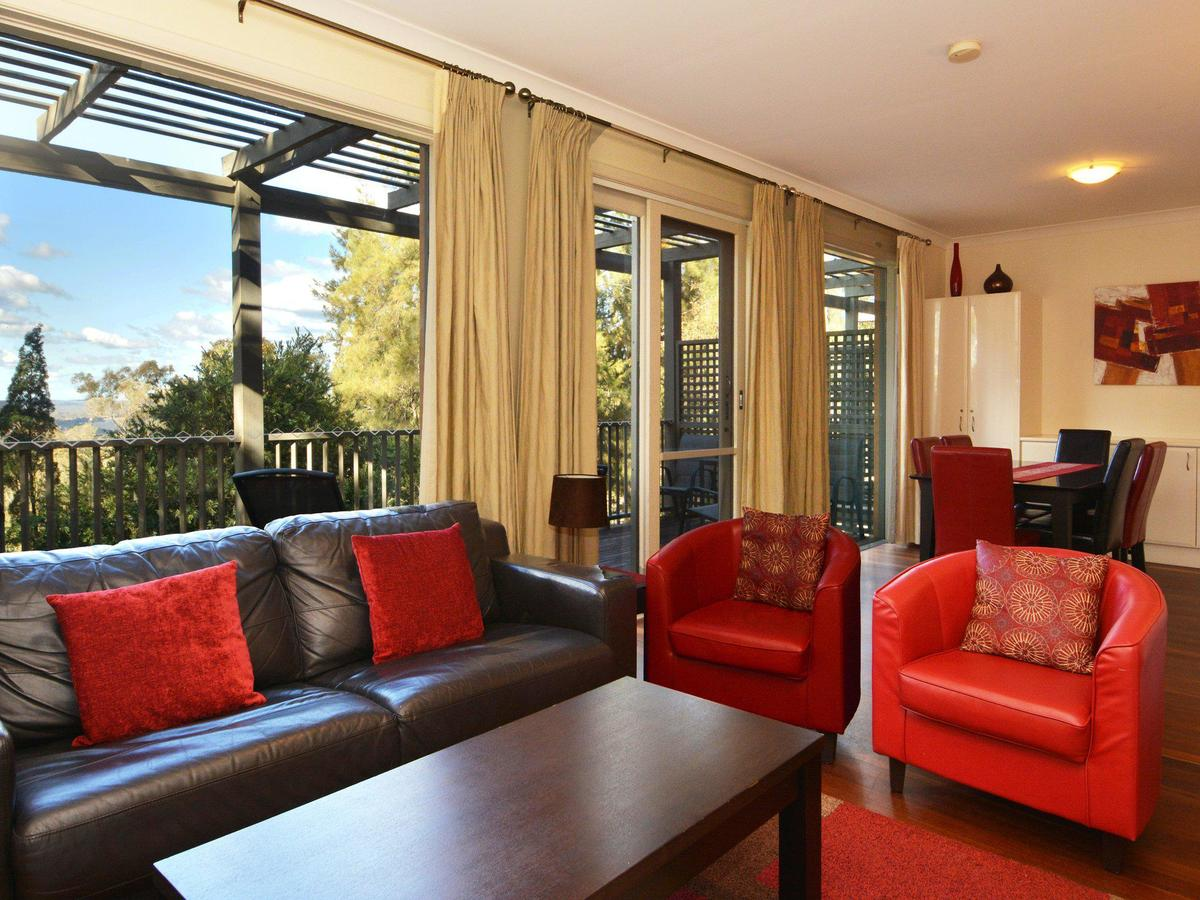 Villa Cypress located within Cypress Lakes - Accommodation Airlie Beach