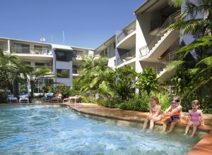Flynns Beach Resort - Accommodation Airlie Beach