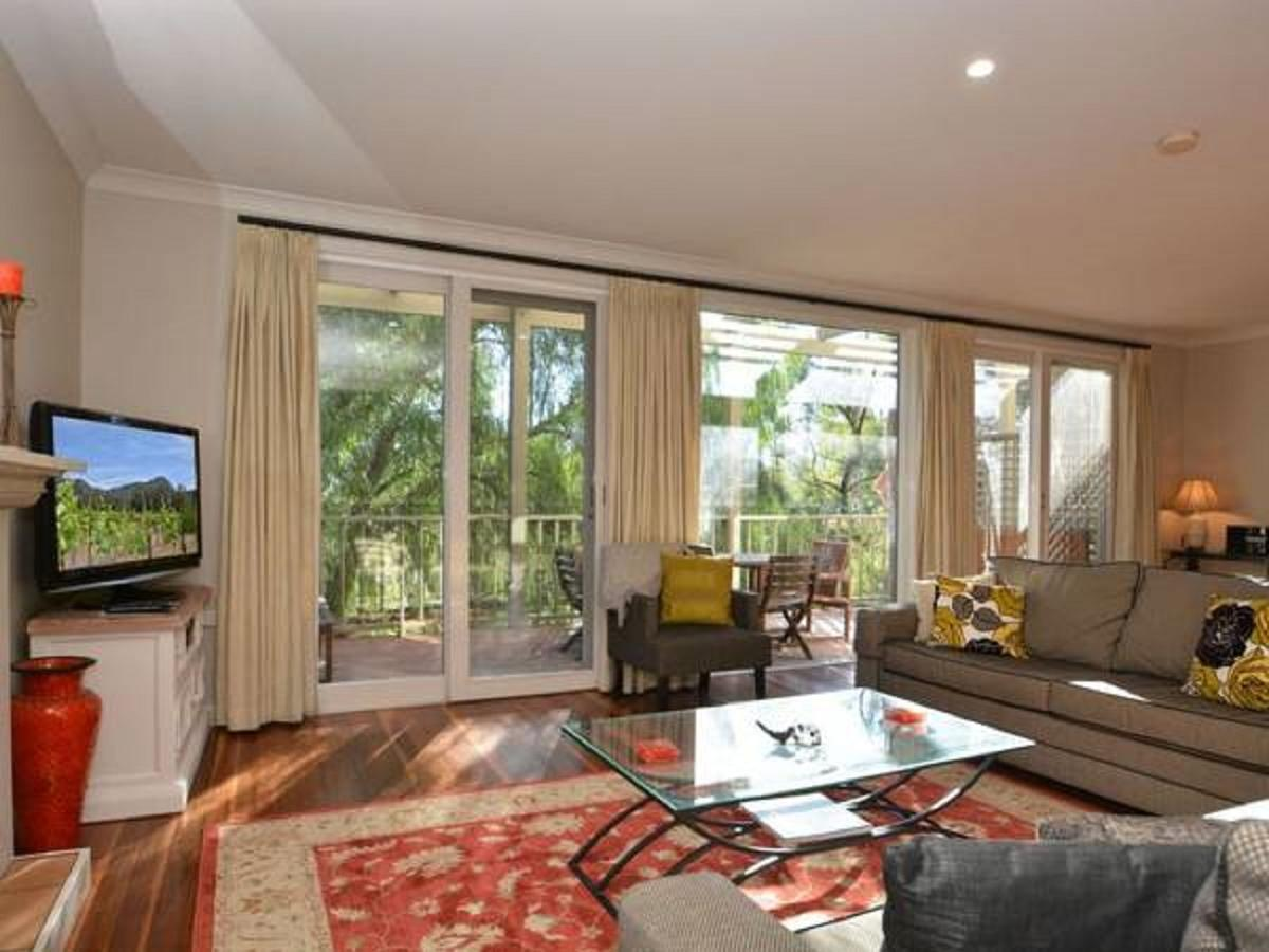 Villa Chianti located within Cypress Lakes - Accommodation Airlie Beach