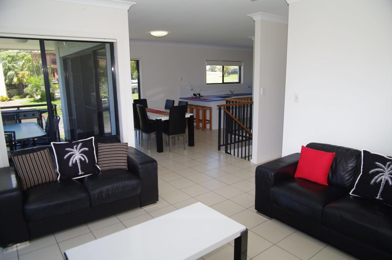 Breakaway 11 Scott Street - Accommodation Airlie Beach