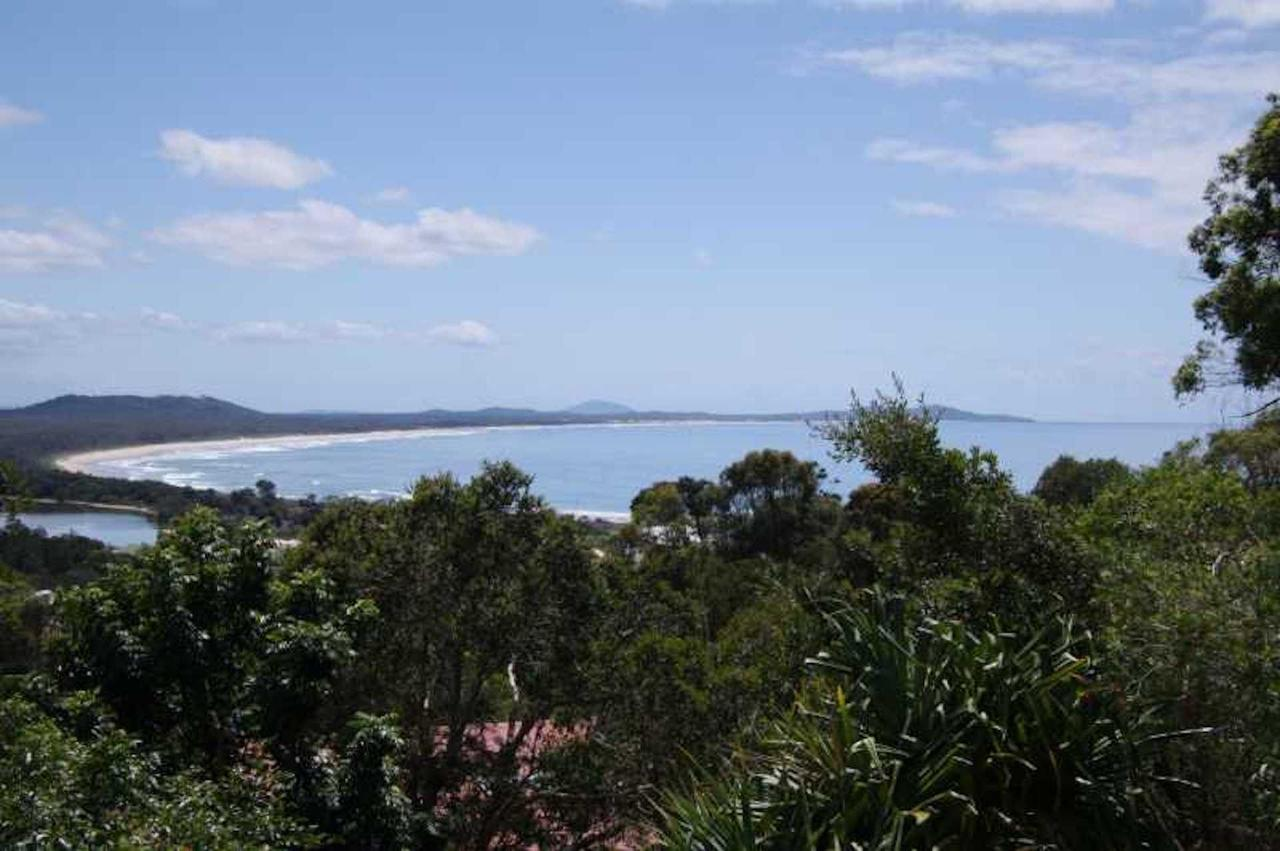 Coastwatch 26 Comara Terrace - Accommodation Airlie Beach