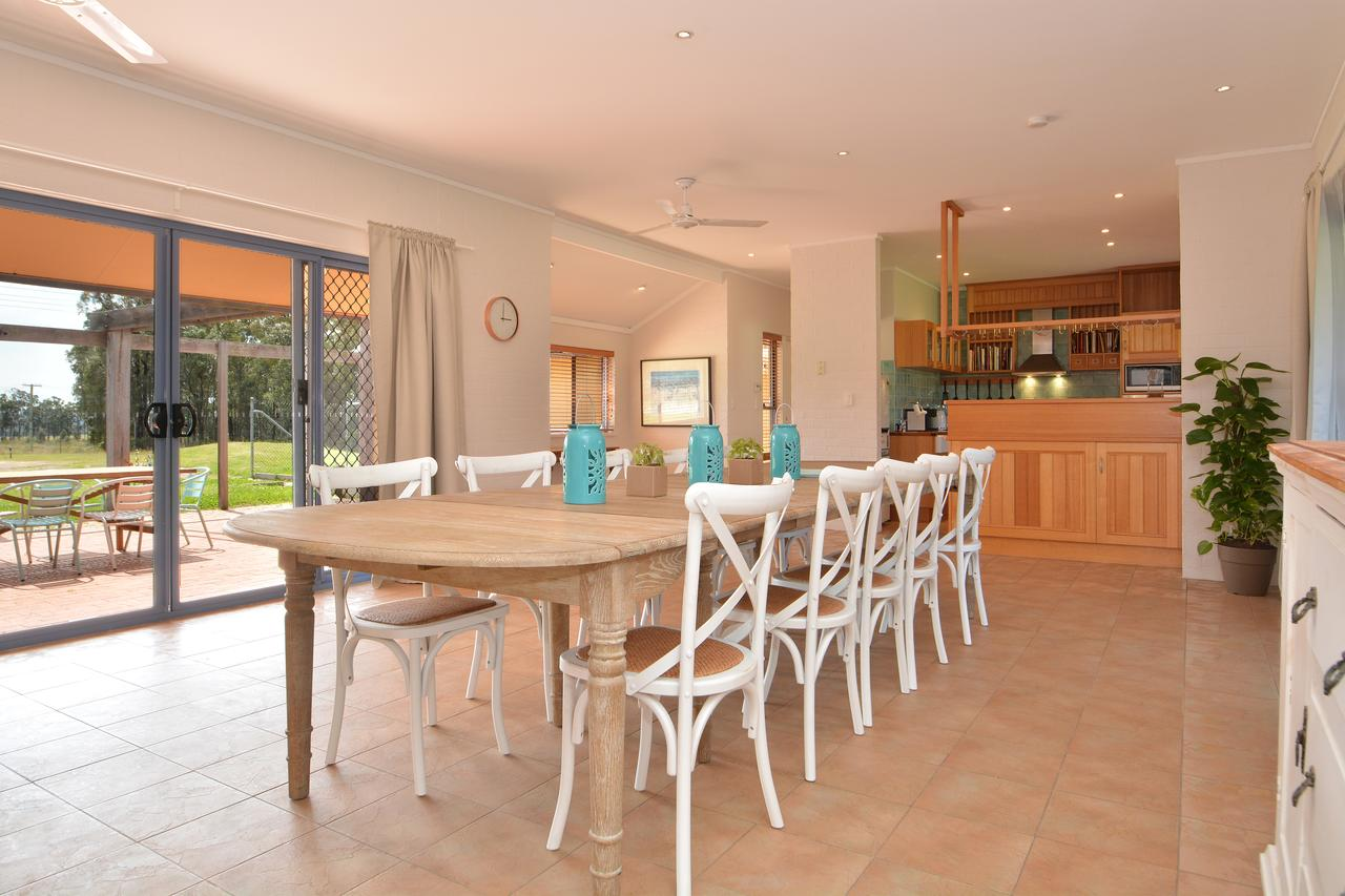 James Estate Guesthouse - Accommodation Airlie Beach