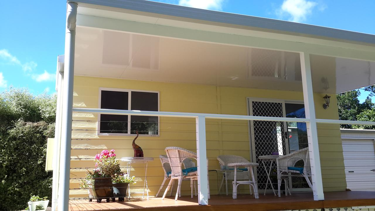 The Best Exotic Magnolia Cottage - Accommodation Airlie Beach
