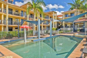 South Pacific Apartments - Accommodation Airlie Beach