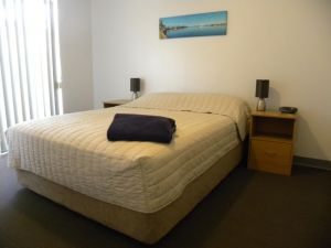 Carnarvon Central Apartments - Accommodation Airlie Beach
