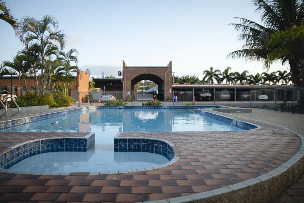Castle Motor Lodge - Accommodation Airlie Beach