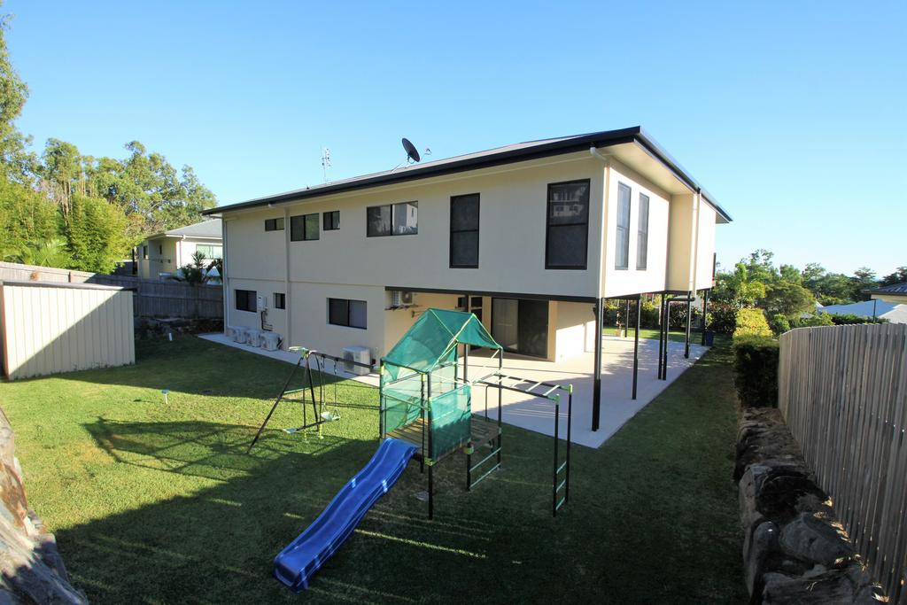 Club Jewel - Accommodation Airlie Beach