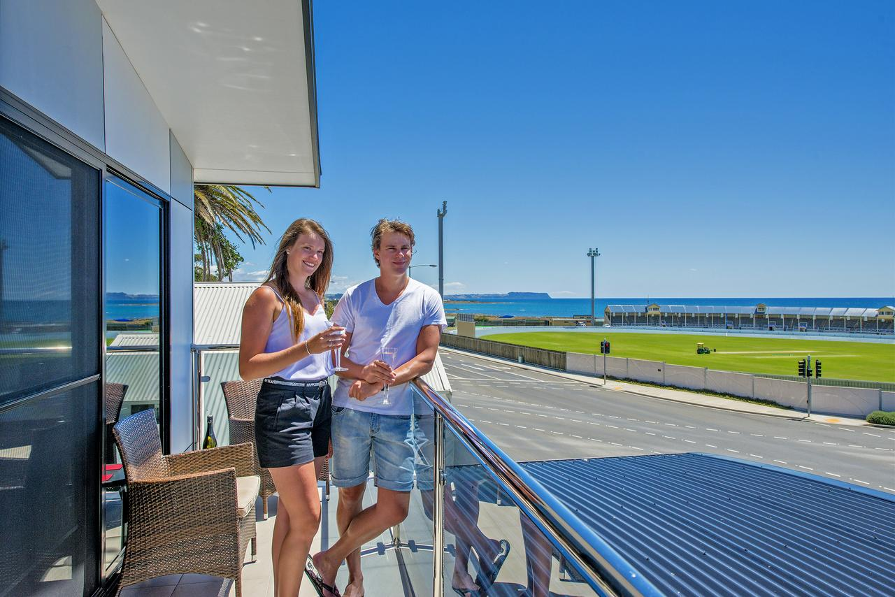 Burnie by the Bay Apartments - Accommodation Airlie Beach