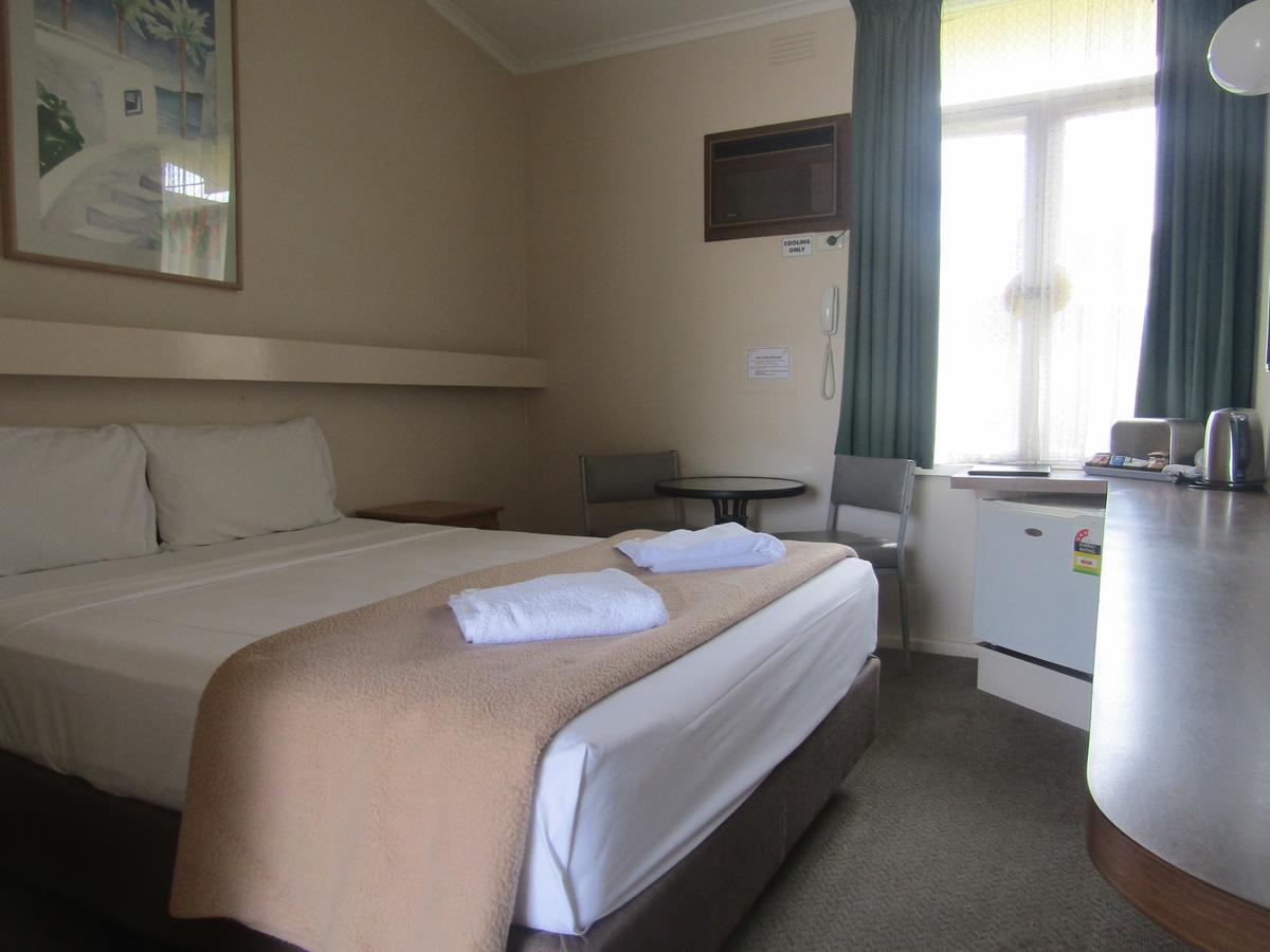 Twin City Motor Inn - Accommodation Airlie Beach