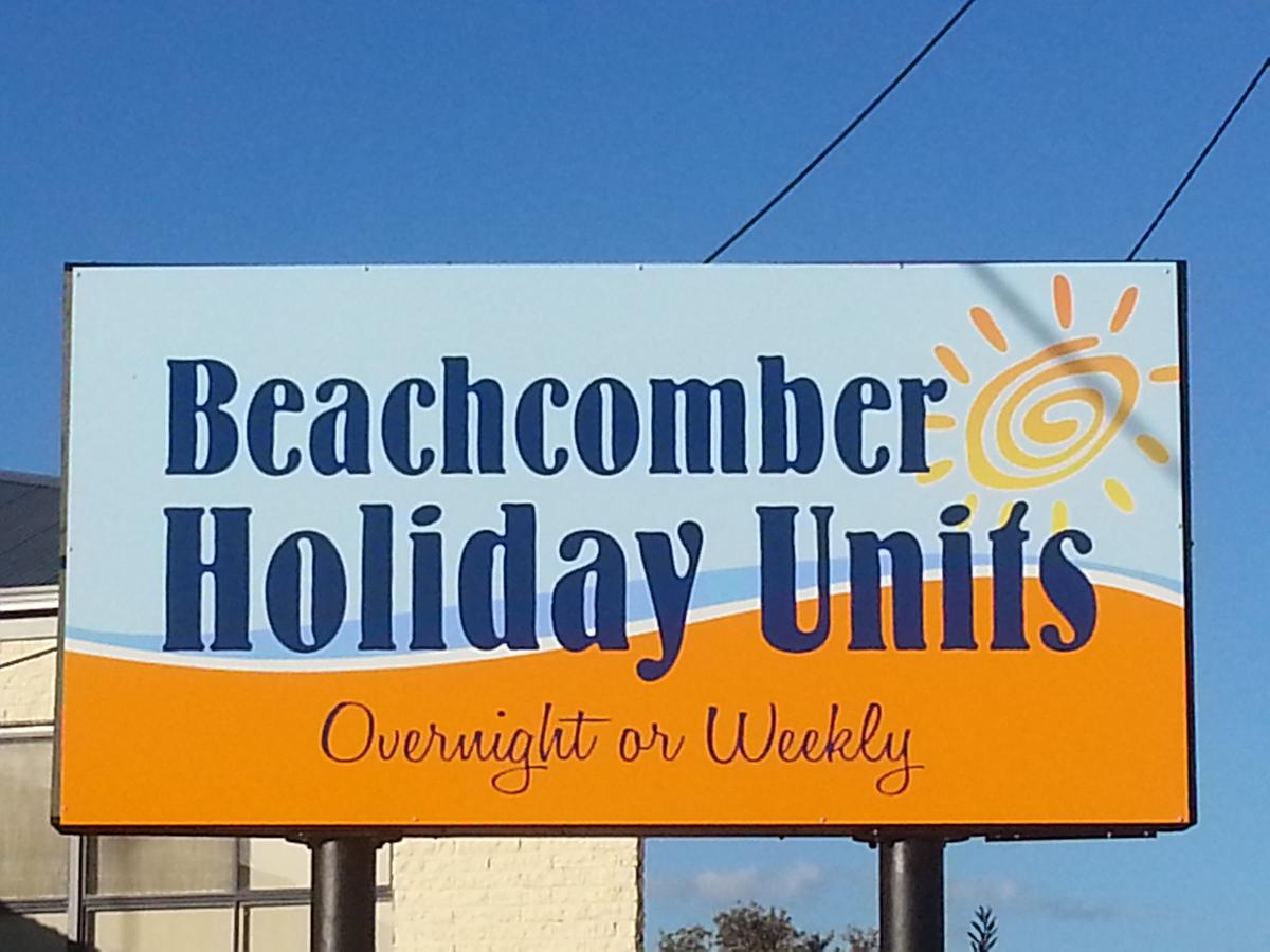 Beachcomber Holiday Units - Accommodation Airlie Beach