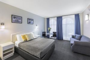 Best Western Cathedral Motor Inn - Accommodation Airlie Beach