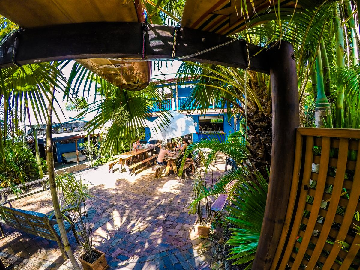 Cool Bananas Backpackers - Accommodation Airlie Beach