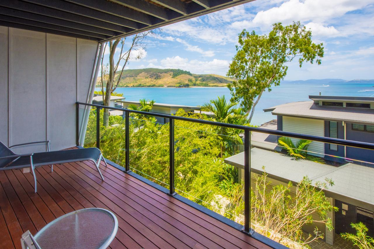 Sea View Shorelines Hamilton Island - Accommodation Airlie Beach