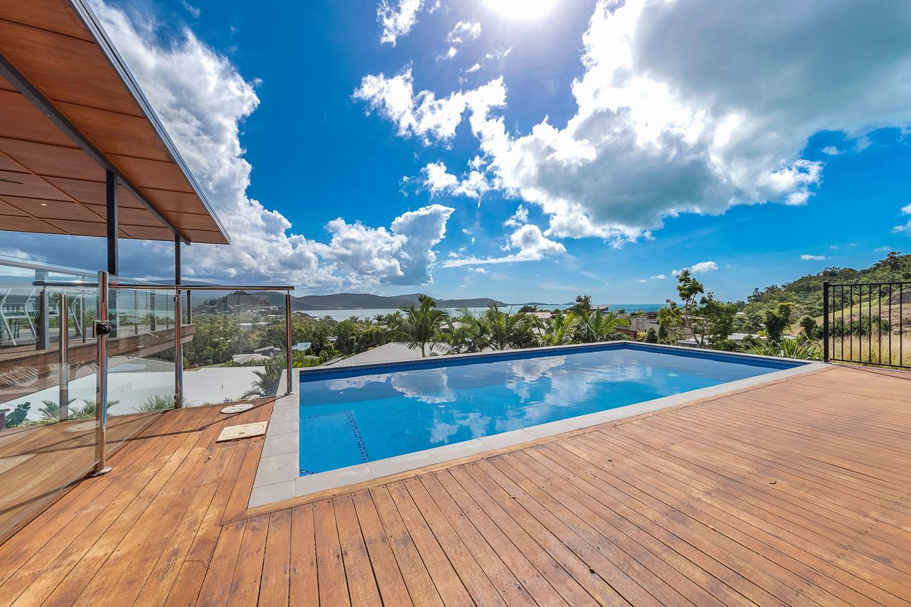 Viewpoint Holiday Home - Cannonvale - Accommodation Airlie Beach
