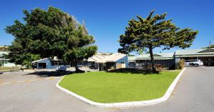 Abrolhos Reef Lodge - Accommodation Airlie Beach